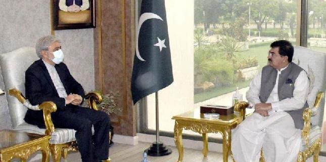 پاکستان ایران کے ساتھ ثقافتی اور اقتصادی شعبوں میں تعاون بڑھانے کو پرعزم ہے، چیئرمین سینیٹ