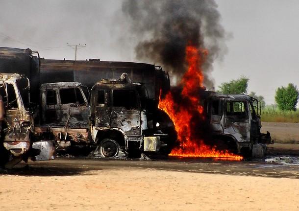 04-Daily-Times-Gunmen-torch-NATO-trucks-in-Khuzdar