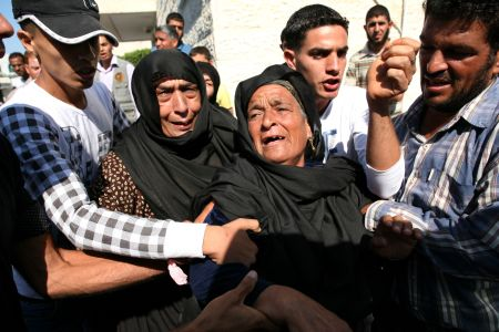 shiitenews_Israeli_airstrikes_hit_eastern_Gaza