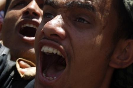 shiitenews_Yemenis_blast_Saudi_meddling