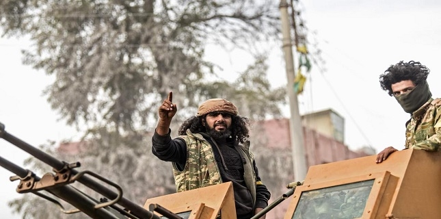 ISIL militants are easily moving in Ankara-controlled regions in Syria