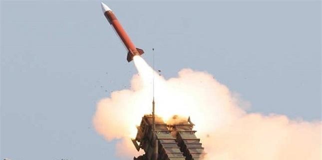 Yemeni Army target Saudi led forces in Hajjah with ballistic missile