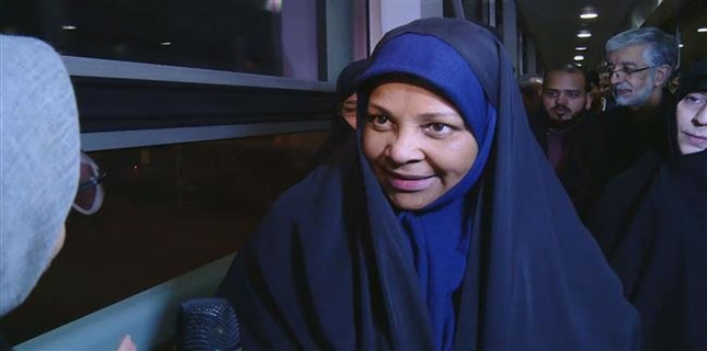 Marzieh Hashemi returns to Iran after detention in US
