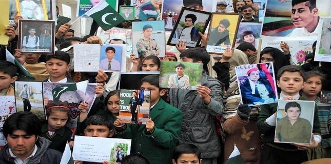 Commission on schoolchildren massacre calls ex-corps commander