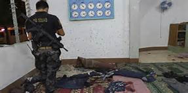 Philippines mosque grenade attack leaves two dead