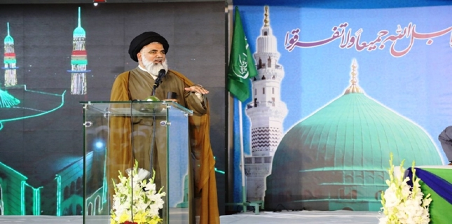 Allama Javad says Imam Khomeini had a political will due to which he succeeded