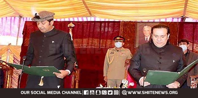 Khalid Khurshid takes oath as Chief Minister