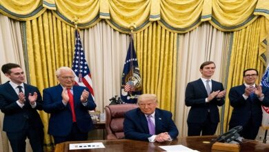 Trump awards top aides for Arab-Israeli normalization deals