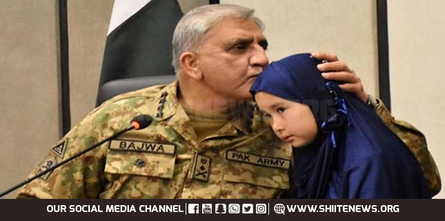 Pakistan Army Chief meets families of martyred Hazara Shia coalminers