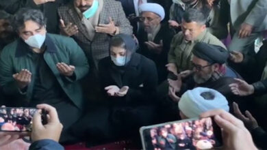 Opposition leaders Bilawal and Maryam Nawaz visit Quetta sit in