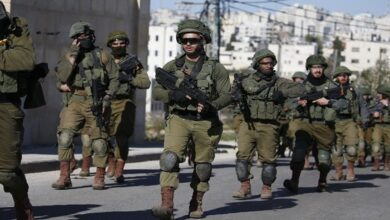 Zionist forces kill a Palestinian