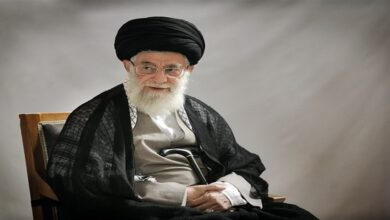 Ayatollah Khamenei Offers Condolences to Sayyed Nasrallah on Demise of Sheikh Al-Zein