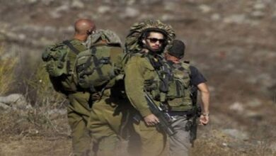 Israeli Occupation Forces Intimidate Lebanese Farmers at Border Town