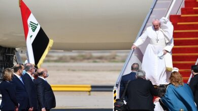 Pope Francis calls for an end to violence, extremism