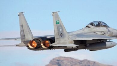 Saudi coalition fighter jets continue to bomb Yemen
