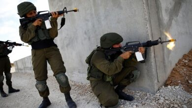 Israeli troops