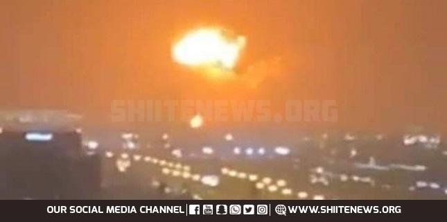 Huge explosion hits ship anchored off Dubai+Video