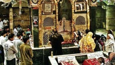Visits of Zyreen halts at Darbar Bibi Pak Daman due renovation