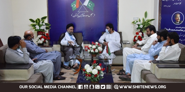 Police oppressed mourners met Nasir Shirazi in Islamabad